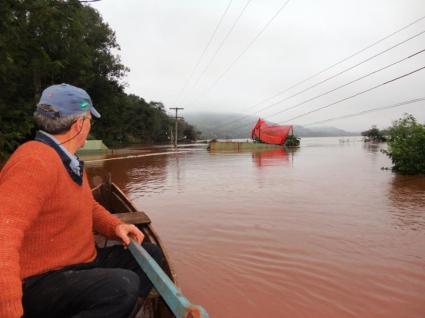Chuva já atinge 7,2 mil pessoas em 55 cidades do RS, diz Defesa Civil