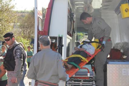 Menina de 9 anos sofre traumatismo craniano ao cair de carrinho de material reciclável em Santiago
